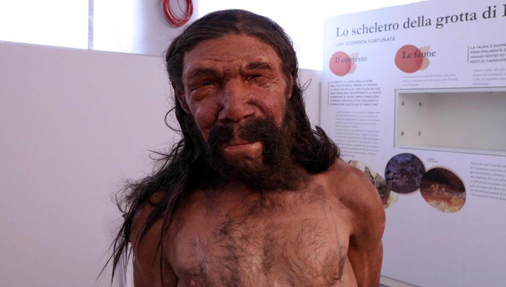 إعادة تشكيل وجه رجل عمره 150 ألف عام 3855-f.jpg